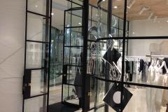 mall_shopfront